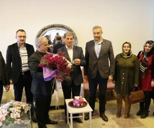 Başkan Özkan'a doğum günü sürprizi