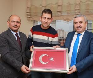 Başkan Baran, Afrin şehidinin abisini ziyaret etti