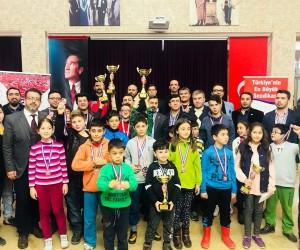 Memur-Sen Satranç turnuvası ödülleri verildi