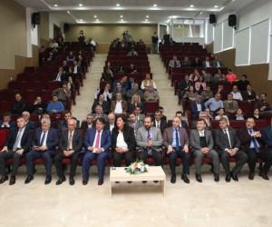 """SDÜ'de """"Su Ürünleri İşleme Sektörünün Geleceği"""" tartışıldı"""