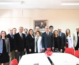 Egeli akademisyenler Türkiye'de bir ilke daha imza attı