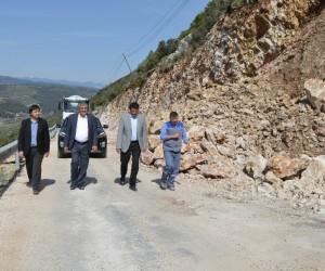 Büyükşehirden, Kaş Sarıbelen yolu genişletme çalışmaları