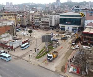Fatsa Cumhuriyet Meydanı'nda alt yapı çalışması başladı