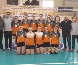 ÜNİLİG voleybol takımı Türkiye finalinde AEÜ'ni temsil edecek