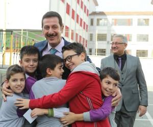 İlkadım'dan 4 yılda 62 çocuk parkı, 12 halı saha