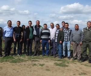 Burhaniye'de yangın işçileri erken başladı