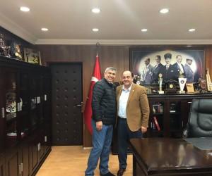 Başkan Demirtaş'ın makam şoförü emekliye ayrıldı