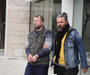 295 adet uyuşturucu hapla yakalanan kardeşlerden biri tutuklandı