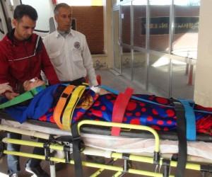 Çamaşır asarken damdan düşen kadın ağır yaralandı