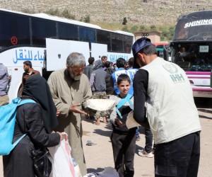 Doğu Guta'dan 5 bin 300 kişi daha tahliye edildi