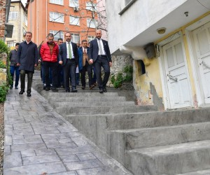 Ünye'nin tarihi merdivenleri restore ediliyor