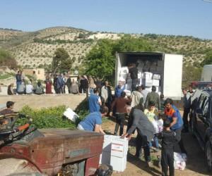 AFAD'dan Afrin halkına gıda ve temizlik malzemesi yardımı