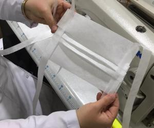 İnegöl'de koltuk firması maske üretimine başladı