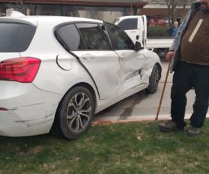 Fatih Cami kavşağında kaza 2 yaralı