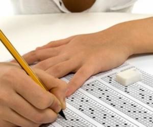 Üniversite sınavları ertelendi