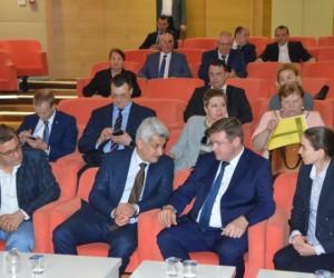 İnegöl Mobilyası Rusya'ya açılıyor