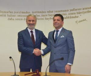 Yavuz Uğurdağ'dan Mahmut Demirtaş'a övgü