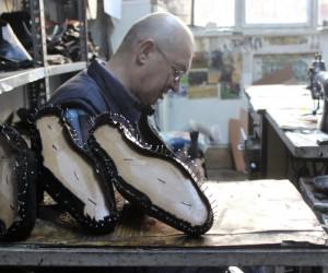 Çok özel ayaklara deriden özel ayakkabı