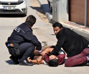Sokak ortasında bıçaklamaya 1 tutuklama
