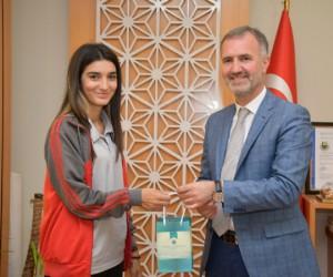 Engelli Yüzücü Türkiye Derecesi Aldı