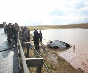 İnegöl plakalı araç kaza yaptı 5 ölü