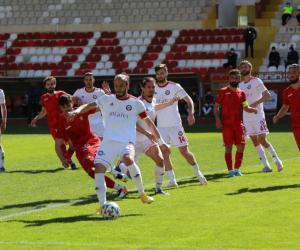İnegöllü Sinan bu sezon gol oldu yağdı