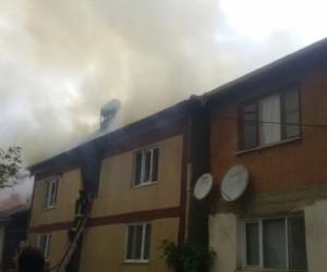 Edebey Mahallesinde Yangın