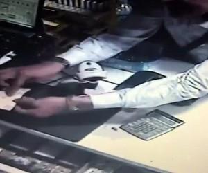 Tırnakçılara 650 TL kaptıran market sahibi, ikinci şüpheliyi dövdü