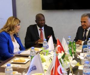 Güney Afrika Cumhuriyeti Büyükelçisi Malefane Serbest Bölgeyi ziyaret etti