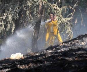 Kütahya'daki orman yangınlarında söndürme ve soğutma çalışmaları sürüyor