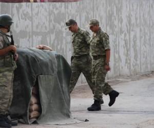Kerem Kılıçdaroğlu askeri üniformayı giydi