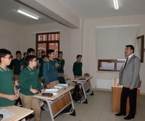Murad Hüdavendigar Lisesi'ne 41 ülkeden öğrenci
