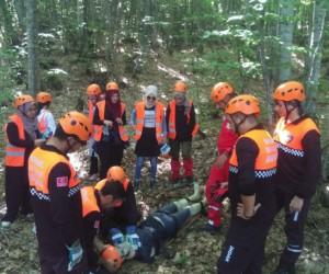 18 kişilik arama kurtarma ekibi, eğitimden geçti